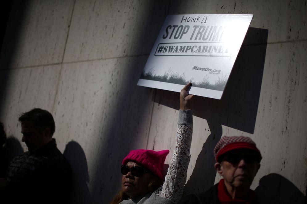 Foto: Protesta contra Donald Trump en Los Ángeles, el 24 de enero de 2017 (Reuters)