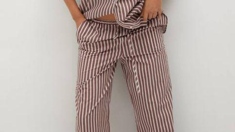 Con este pantalón estampado a rayas de Mango parecerás más alta y delgada