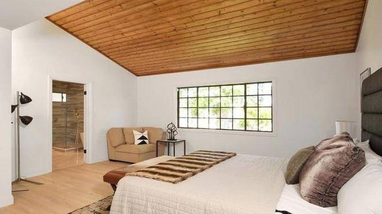 Uno de los dormitorios. (Realtor.com)