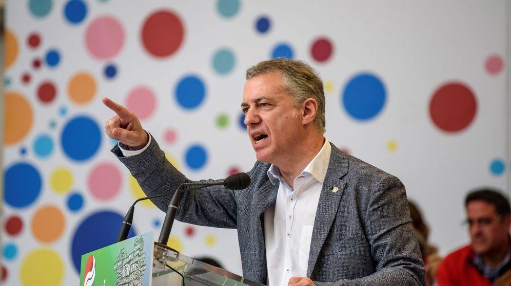 Foto: El lehendakari, Íñigo Urkullu (c), durante su intervención en la celebración del Aberri Eguna. (EFE)