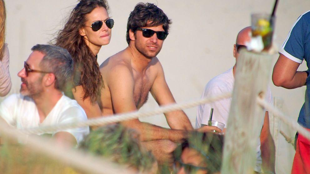 Eva y Cayetano, muy perseguidos en su luna de miel por Australia