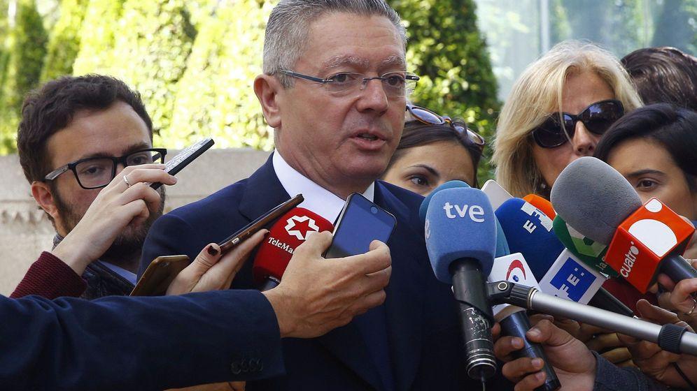Foto: Gallardón, tras declarar en la Audiencia Nacional. (EFE)