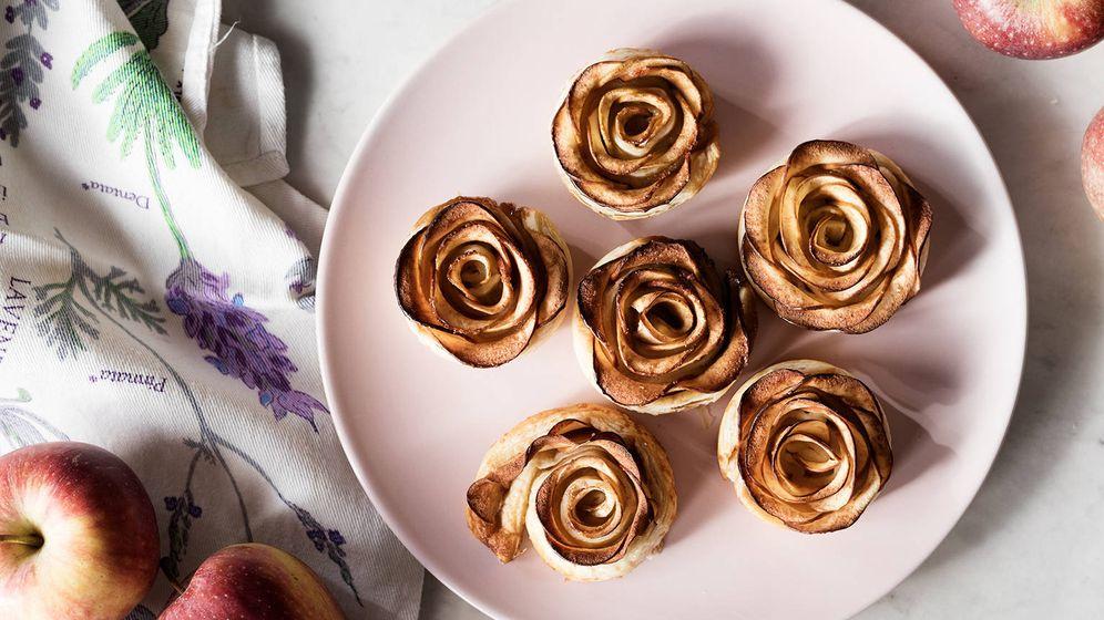 Foto: Así son estas rosas de hojaldre y manzana. (Foto: Snaps Fotografía)