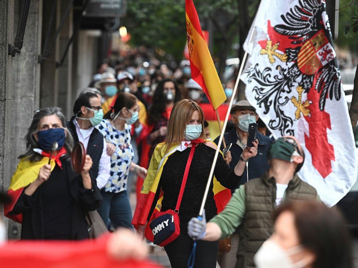 Foto: Protestas en la madrileña calle Núñez de Balboa. (EFE)