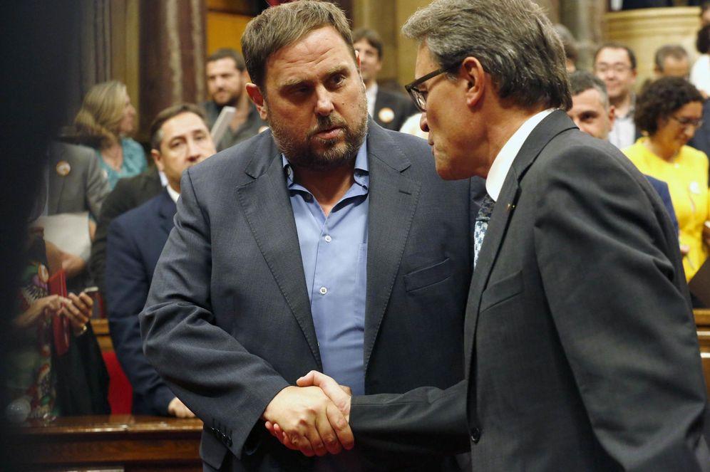 Foto: El líder de ERC, Oriol Junqueras, junto al presidente de la Generalitat catalana, Artur Mas. (Reuters)