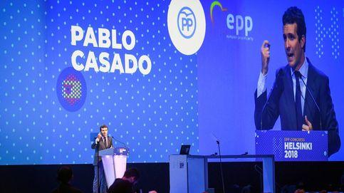 Casado se apunta el revés de la UE a la política y los planes económicos de Sánchez