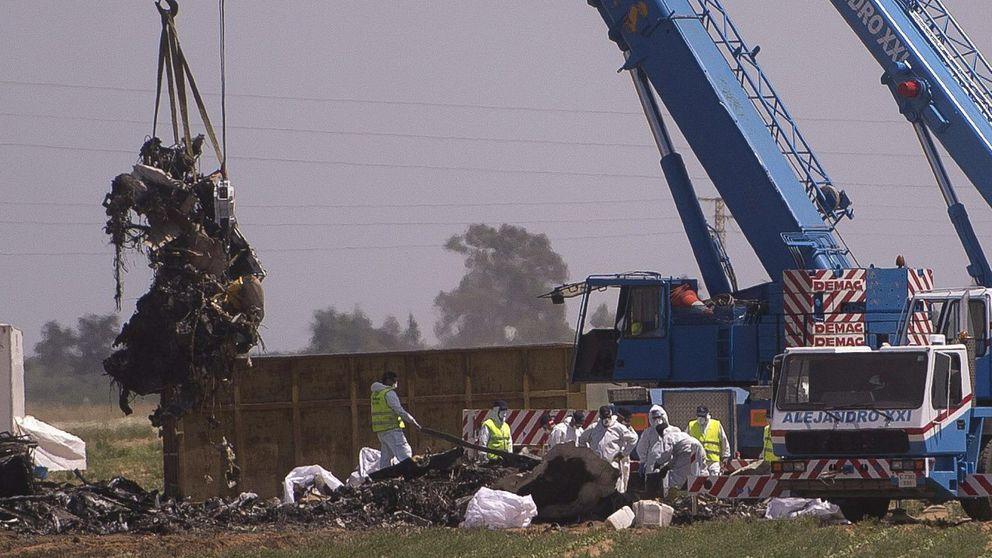 La juez archiva la causa penal por la caída del A400M pero señala a EPI y Airbus