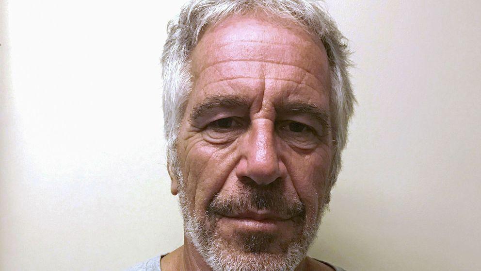 El multimillonario Jeffrey Epstein se suicida en su celda