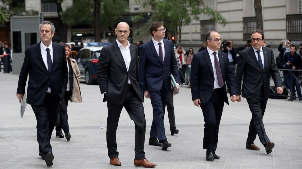 Foto: Raül Romeva, Carles Mundó. Jordi Turull y Josep Rull saldrán de prisión. (EFE) l