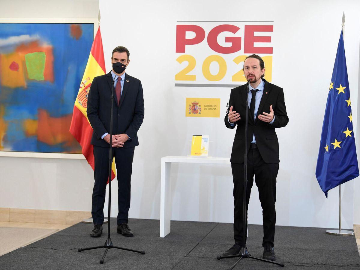 Foto: Pedro Sánchez y Pablo Iglesias, en la presetación del proyecto de Presupuestos Generales del Estado. (EFE)