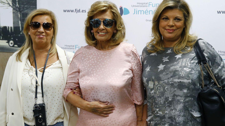 María Teresa Campos y sus hijas en una imagen de archivo. (EFE)