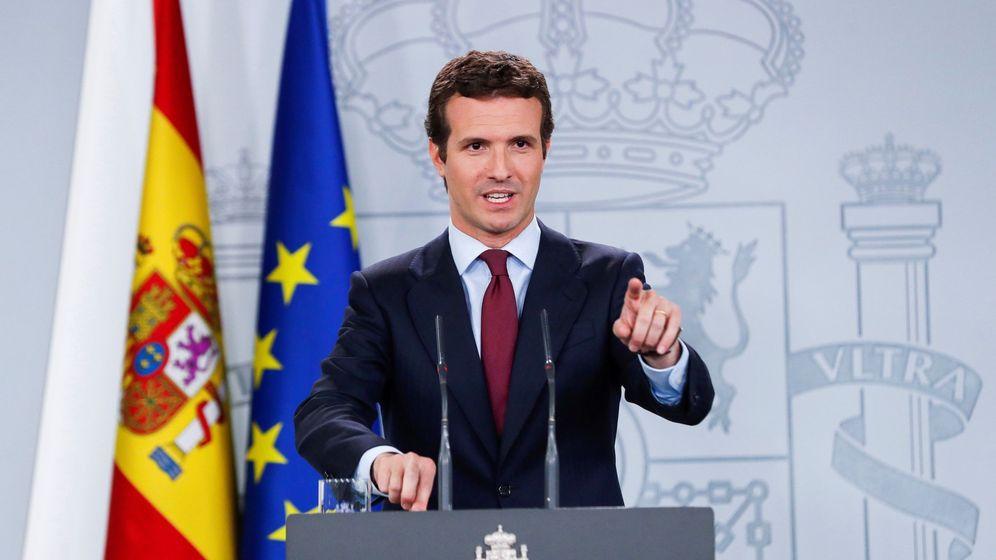 Foto: El líder del PP, Pablo Casado, durante su comparecencia tras ser recibido por el presidente del Gobierno en funciones, Pedro Sánchez. (EFE)