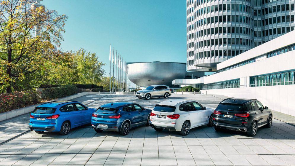 Foto: BMW amplia su oferta de versiones electrificadas con los X1 y X2 híbridos enchufables.