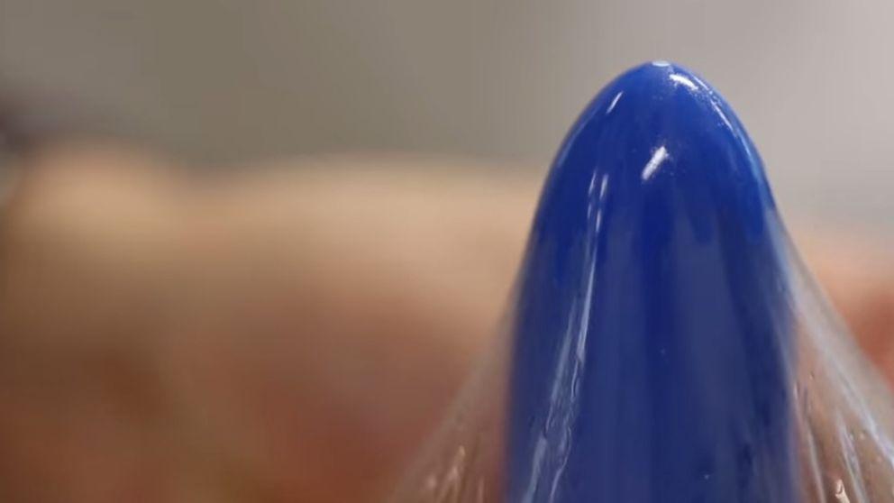 Gates apuesta por un condón de hidrogel que imita a la piel humana