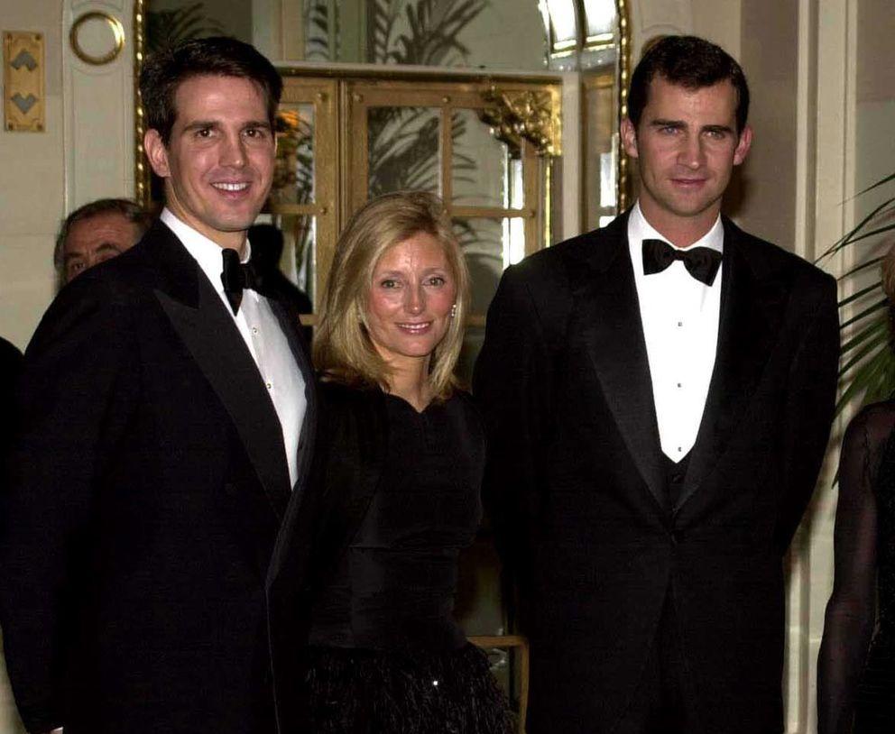 Pablo de Grecia y Marie-Chantal Miller, con el Príncipe en Nueva York en el año 2000 (I.C.)