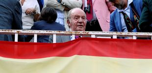 Post de Don Juan Carlos aparece con apositos en el rostro: te contamos la causa