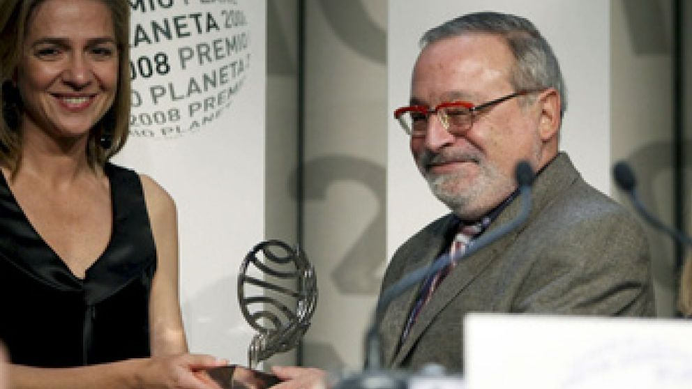 Fernando Savater gana el Premio Planeta con 'La Hermandad de la Buena Suerte'