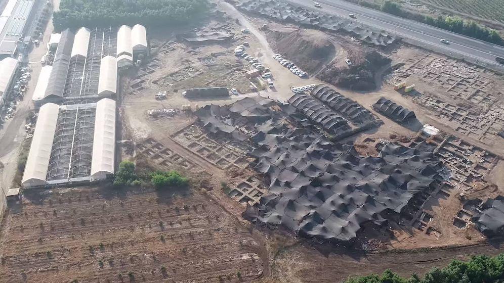 Foto: Vista aérea de las excavaciones que han encontrado la ciudad de 5.000 años de antigüedad. Foto: Facebook