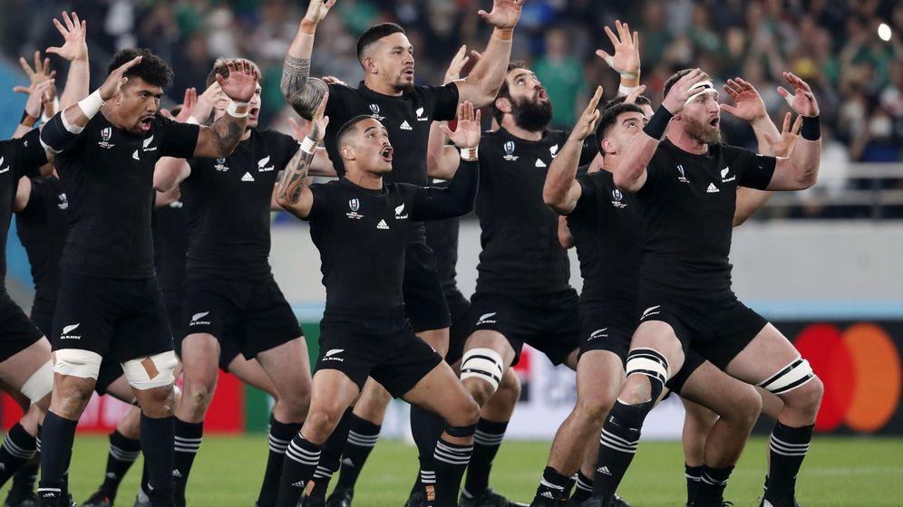 Foto: Jugadores de Nueva Zelanda bailan la Haka antes de un partido. (Reuters)