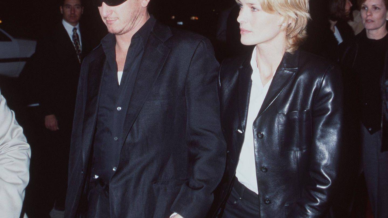 Sean Penn y Robin Wright, en una imagen de 1998. (Getty)