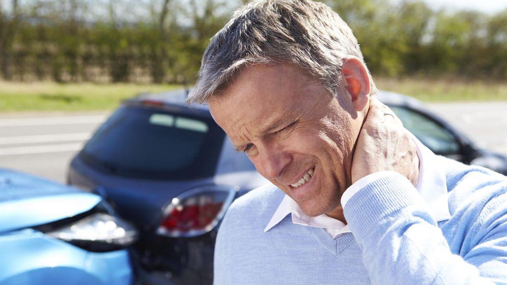 Foto: Es muy frecuente sentir dolor de cuello tras un choque. (iStock)