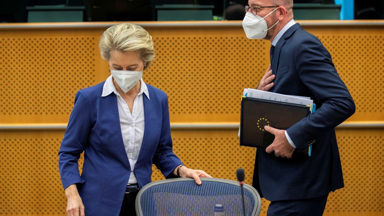 Michel se disculpa solemnemente con Von der Leyen por el 'Sofagate'