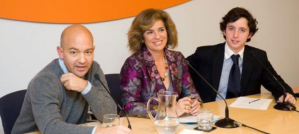 Foto: Jaime García-Legaz, Ana Botella y Nicolás Gómez Iglesias.