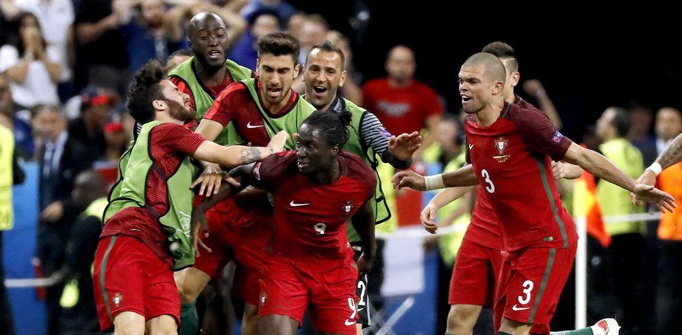 Foto: En la imagen, Éder nada más marcar el gol que le dio a Portugal la Eurocopa de Francia (EFE)