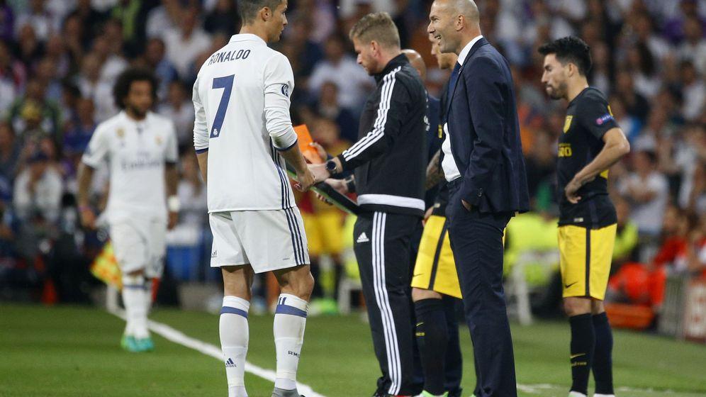Foto: Cristiano hizo uno de sus mejores partidos como madridista ante el Atlético. (Reuters)