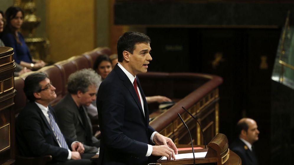 Foto: Pedro Sánchez, durante su intervención en la tribuna este viernes 4 de marzo, antes de la segunda votación de investidura. (EFE)