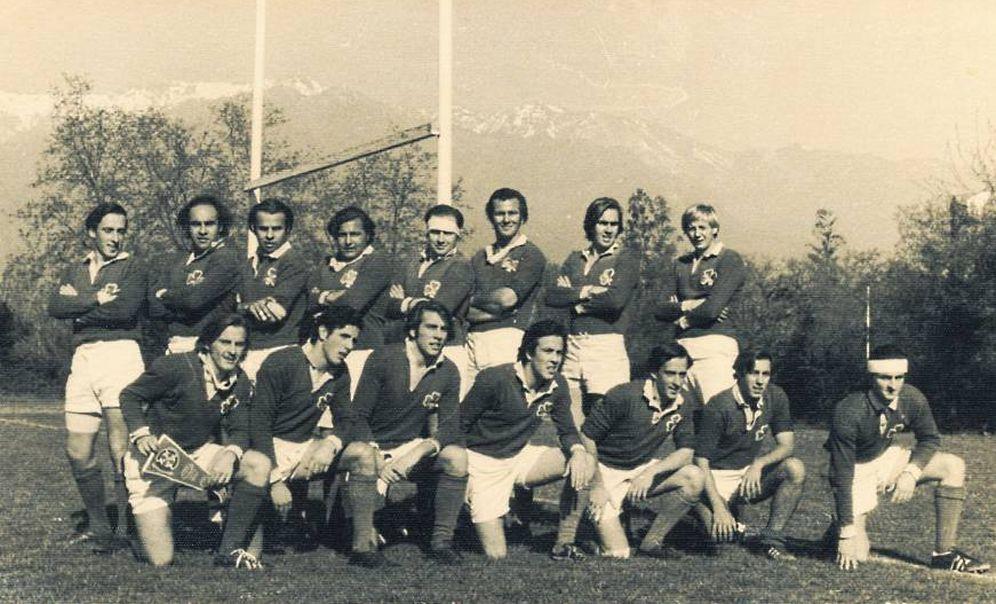 Foto: Imagen del equipo de rugby que sufrió el terrible accidente en Los Andes. (FOTOS del libro escrito por Roberto Canessa)