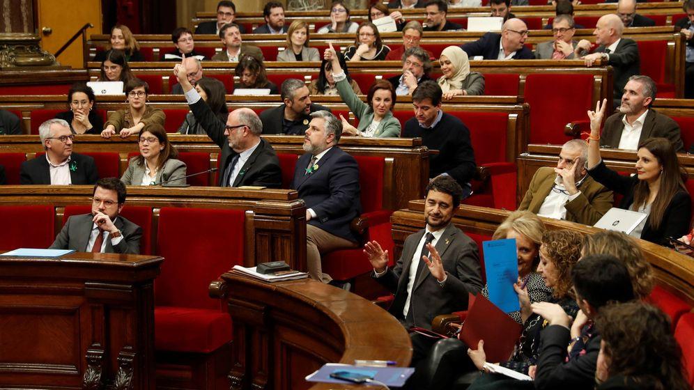 Foto: Pleno del Parlament (EFE)