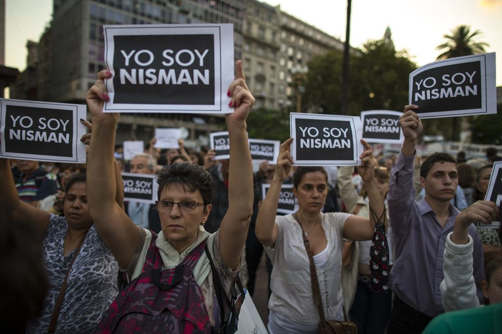 Foto: Varios miles de manifestantes se reunieron en las calles de diversas ciudades argentinas bajo el lema #yosoynisman (EFE)
