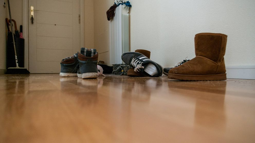 ¿Puede realmente el coronavirus entrar en nuestra casa a través de los zapatos?