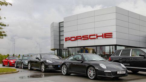 Gana la lotería, deja su trabajo y su coche de empresa y se va a comprar un Porsche
