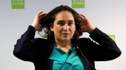 Ada Colau amadrina a los intelectuales andaluces a favor de un referéndum