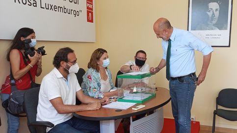 Socialistas andaluces piden consultar a las bases sobre un pacto con el PP