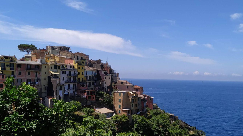 Ponle emoción a tus vacaciones visitando estos pueblos que han crecido sobre rocas