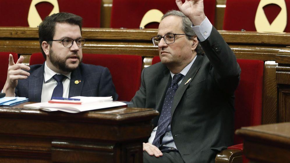 Foto: El presidente de la Generalitat, Quim Torra (d), junto al vicepresidente del Govern, Pere Aragonès. (EFE)