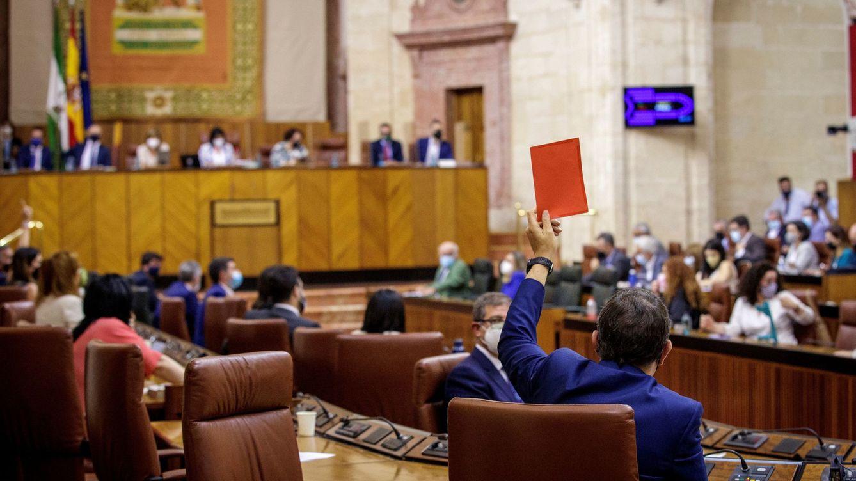 El PSOE andaluz cierra filas con los indultos y con Pedro Sánchez en el Parlamento