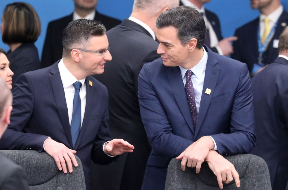 Foto: Pedro Sánchez, con el primer ministro esloveno, Marjan Sarec, en la cumbre de la OTAN de este 4 de diciembre en Londres. (Reuters)