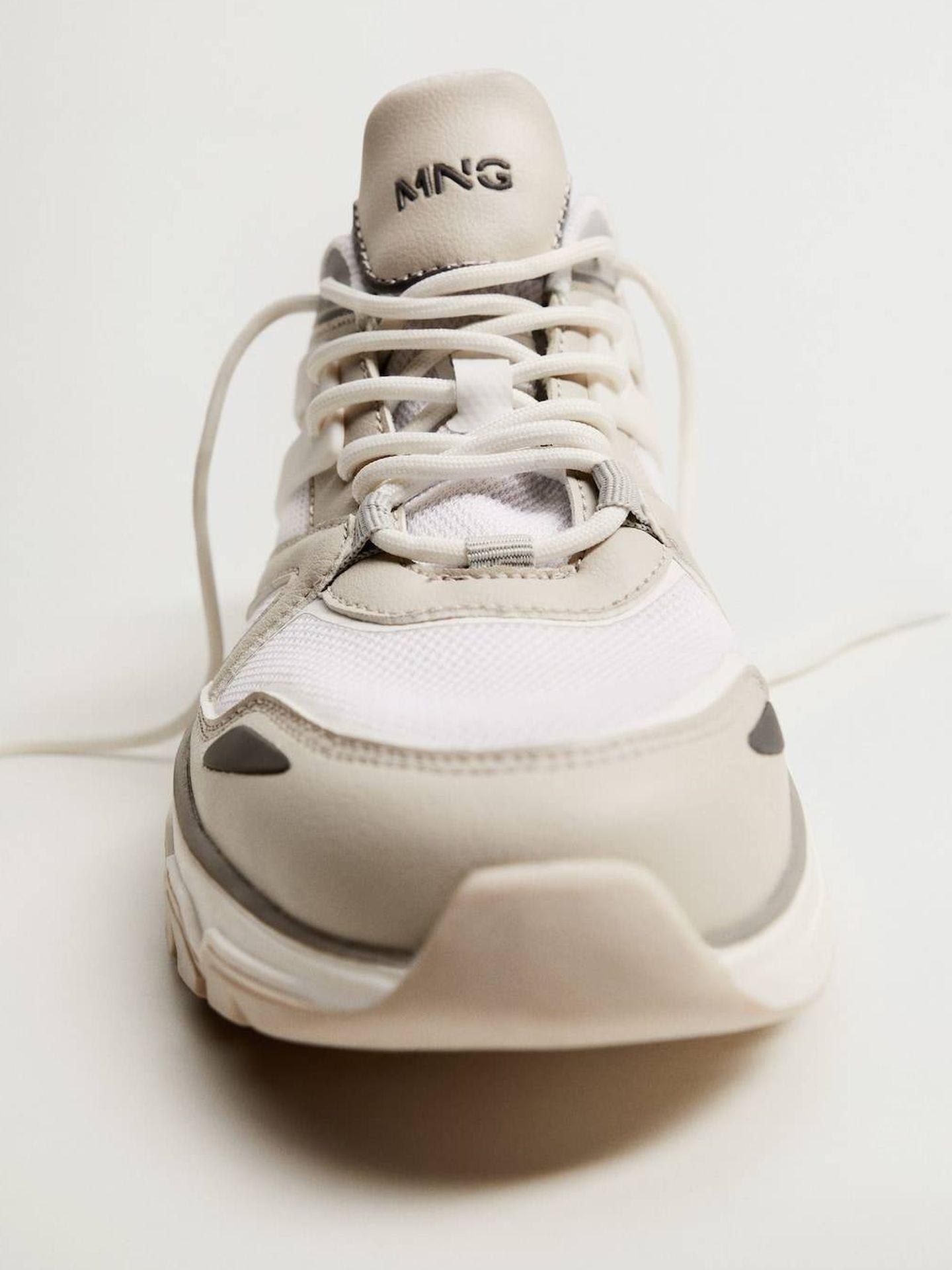 Las zapatillas deportivas de Mango. (Cortesía)