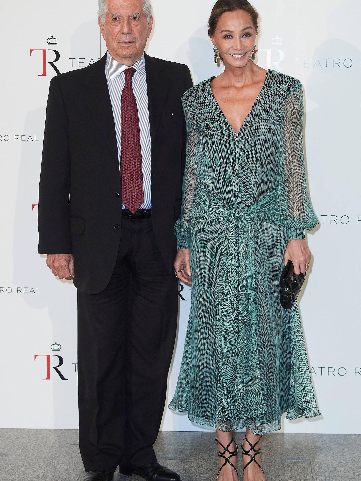 Isabel Preysler y Mario Vargas Llosa, en el Teatro Real. (EFE)
