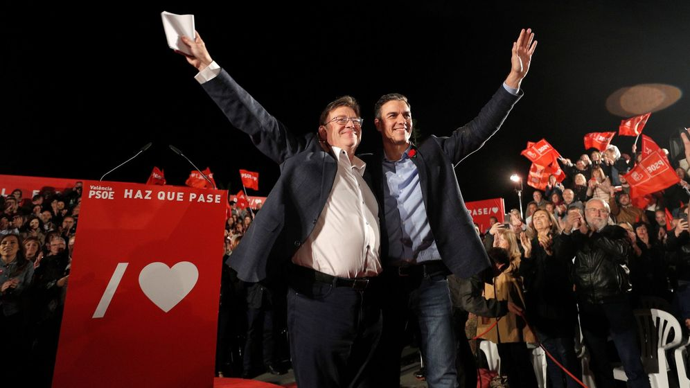 Foto: Ximo Puig y Pedro Sánchez, en el mitin de cierre de campaña en Valencia de autonómicas y generales. (EFE)