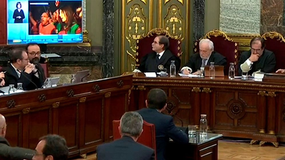Foto: Captura de la señal institucional del Tribunal Supremo del interrogatorio del expresidente de la ANC Jordi Sànchez. (EFE)