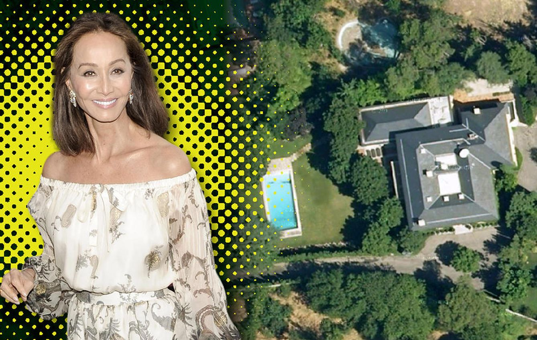 Foto: Isabel Preysler sobre una imagen aérea de su casa, Villa Meona (Vanitatis)