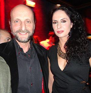 Fernández Sastrón y su novia, de 'juerga' en Gabana