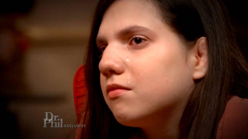 Foto: Natalia, con lágrimas en los ojos, respondió a las preguntas en 'Dr. Phil'. (Foto: YouTube)