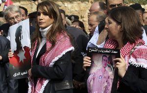 Rania de Jordania vuelve a hacer gala de su solidaridad