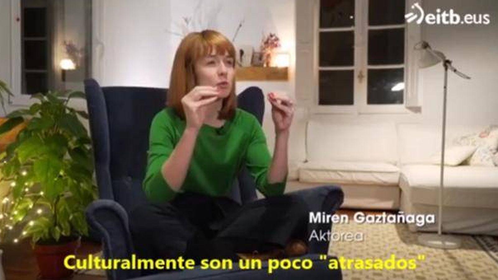 Foto: Miren Gaztañaga, en la televisión vasca, ridiculiza a los españoles.